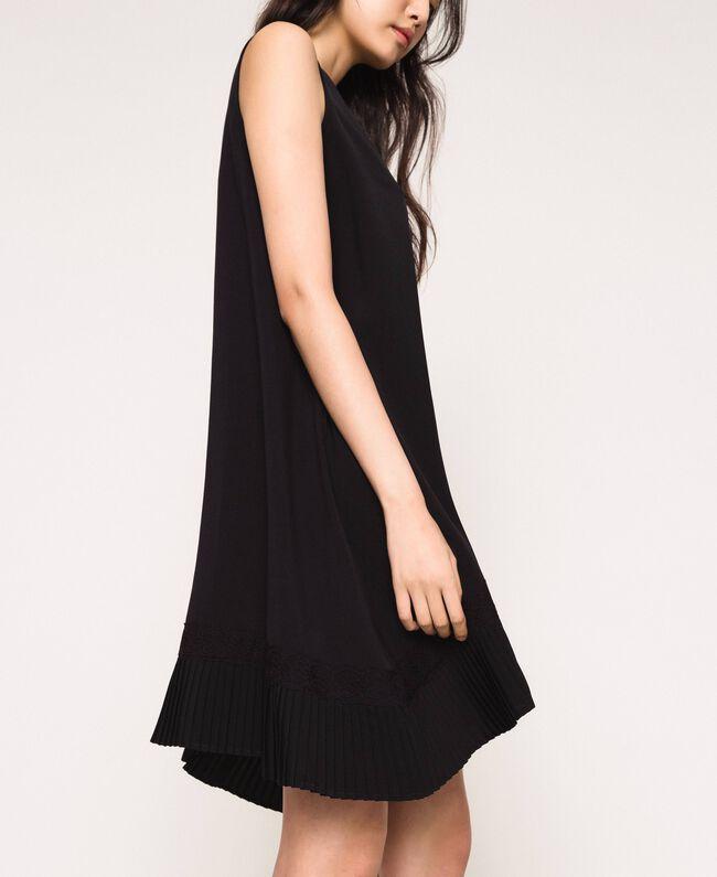 Платье с жоржетом и кружевом шантильи Черный женщина 201MP235B-04