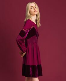 Kleid mit Samtdetails Samtrot Frau 192TT2281-02