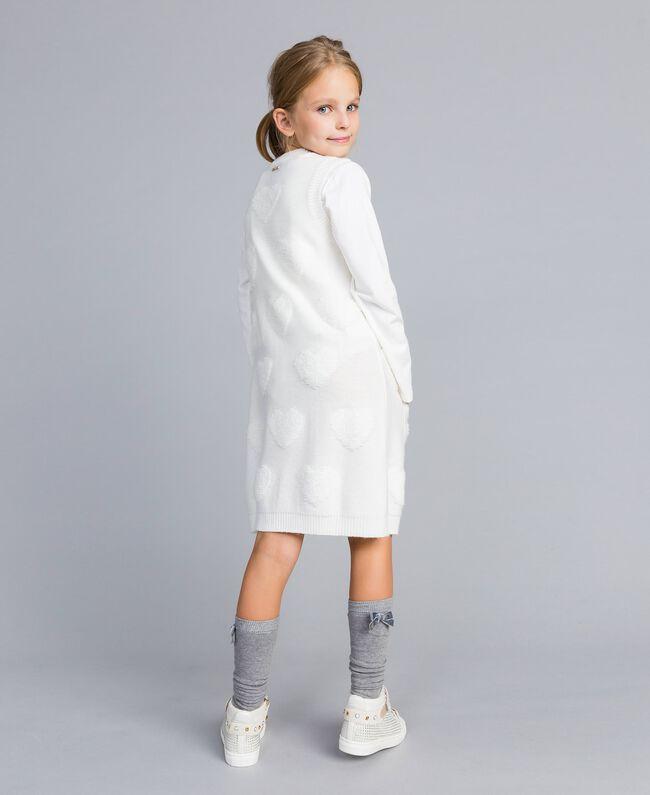 Gilet long en maille avec cœurs Off White Enfant GA83DA-03