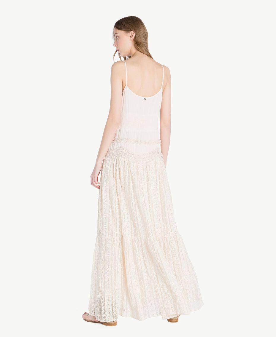 Kleid aus Musselin Perlmutt Frau TS82CE-03