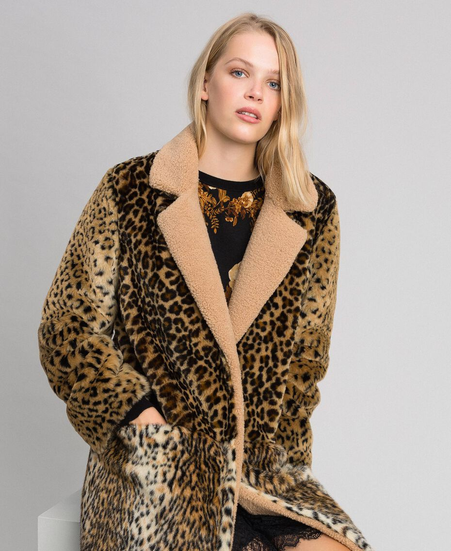 Cappotto in similpelliccia animalier Patch Animallier Donna 192TT2250-05