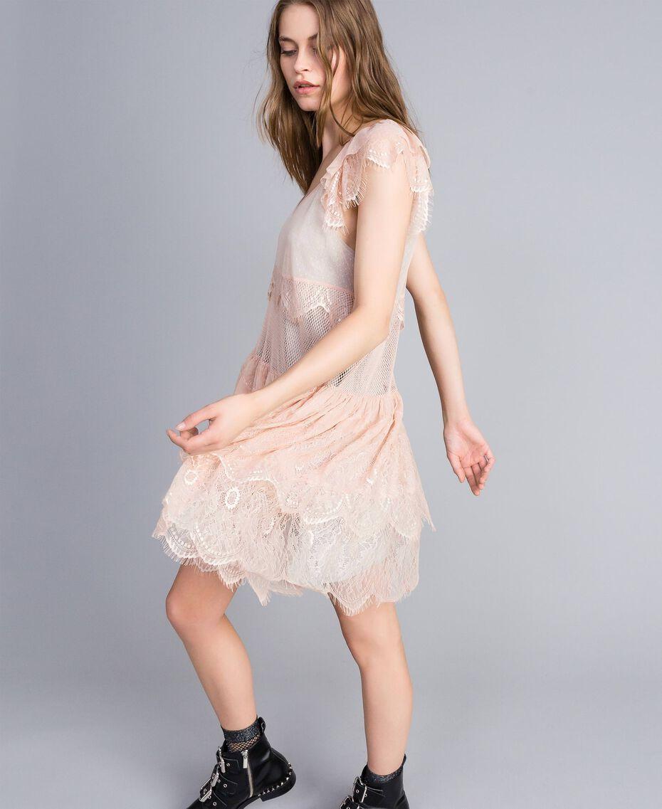Robe en plumetis, dentelle et filet Bicolore Rose Nude/ Gris Clair Chiné Femme JA82HA-02
