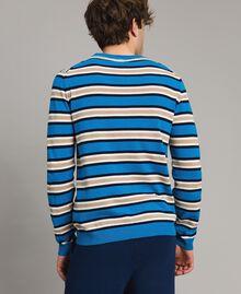 """Pull rayé en crêpe de coton Multicolore Bleu Baie / Bleu """"Blackout"""" / Blanc Opaque Homme 191UT3033-03"""