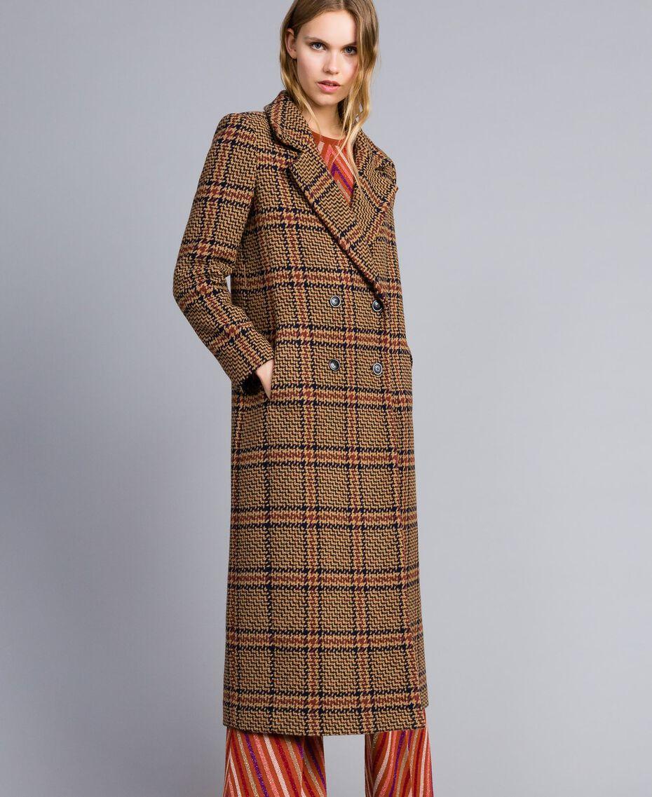 """Langer Mantel aus Tuch mit Karomuster Zweifarbiges Karomuster Cookie-Beige / """"Gebranntes"""" Orange Frau TA821G-02"""