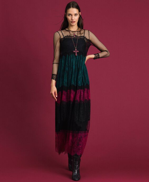 Long dress with colour block lace