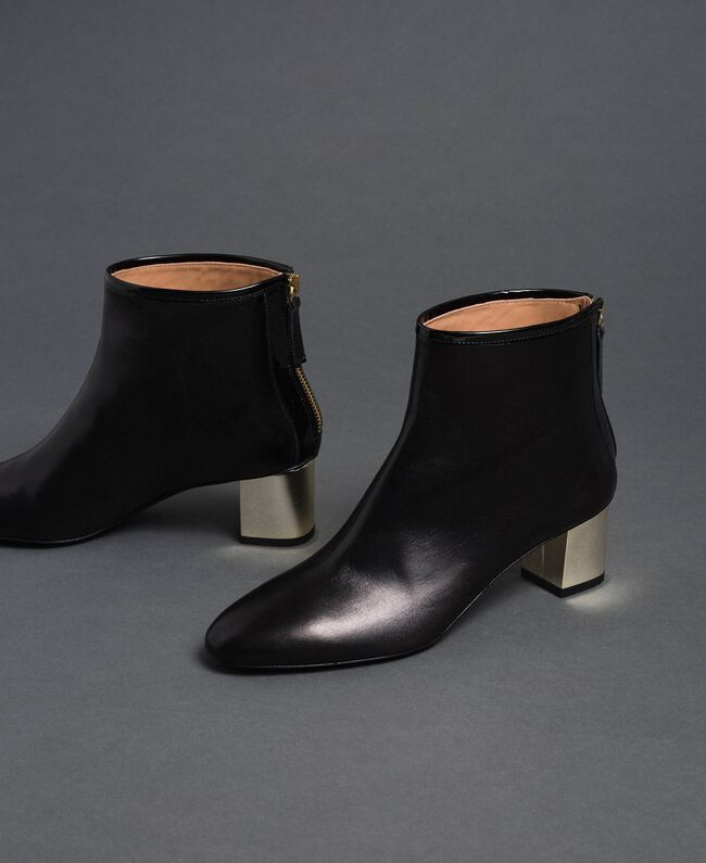 Leather ankle boots Black Woman 192TCP126-01