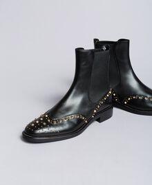 Beatle-Boots aus Leder mit Nieten Schwarz Frau CA8PKQ-01