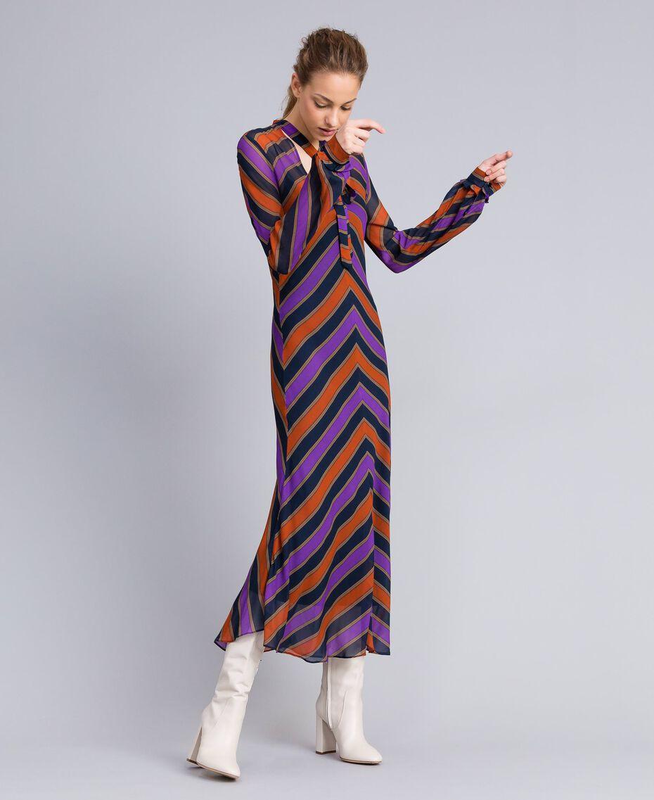 Robe longue en crêpe georgette rayé Imprimé Rayure Multicolore Femme TA8294-02