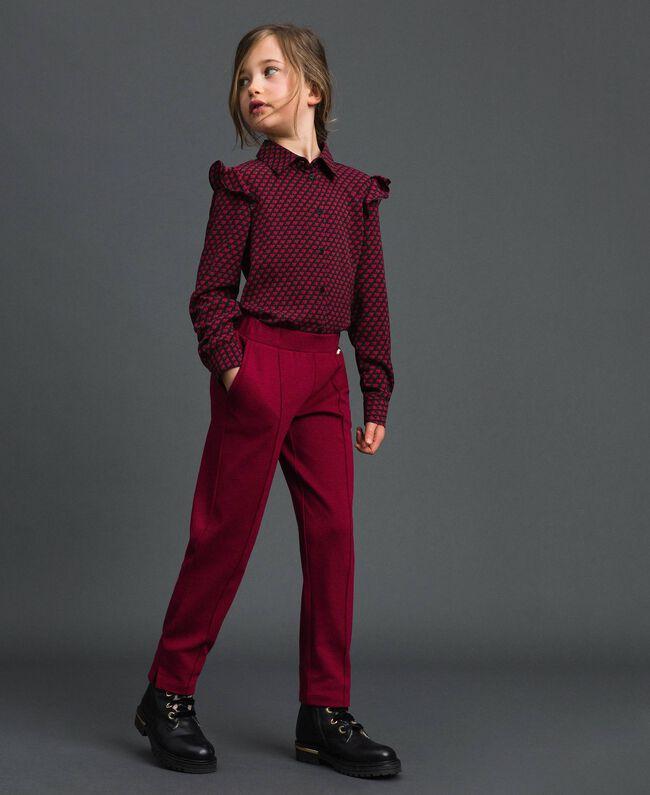 Slim-Fit-Hose mit elastischem Taillenbund Ruby Wine Rot Kind 192GJ2250-01
