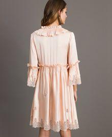 """Robe en satin de soie avec bordures en dentelle Rose """"Sable Rose"""" Femme 191TT2010-03"""