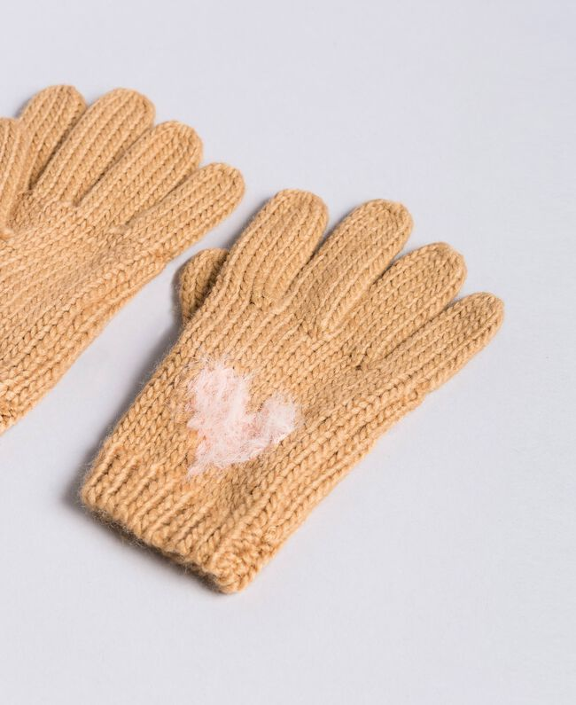 Knitted gloves with heart Bicolour Light Pink / Camel Woman AA8P5C-01