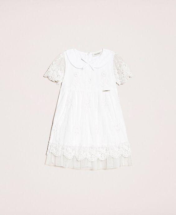Тюлевое платье с вышивкой