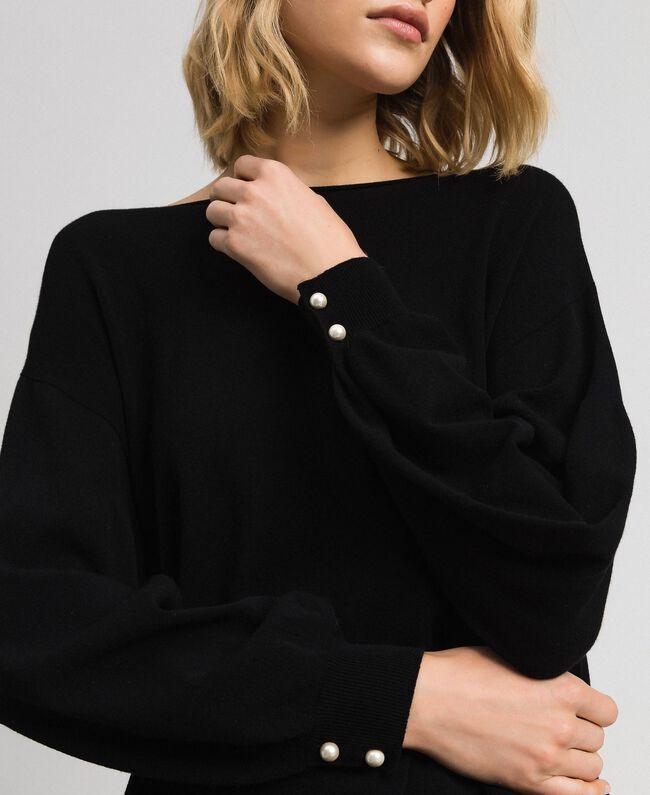 Kleid mit bauschigen Ärmeln mit Perlenknöpfen Schwarz Frau 192TP3241-04