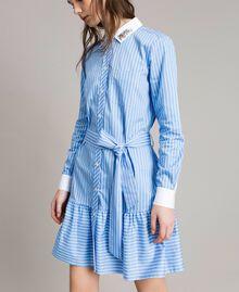 Popeline-Hemd-Kleid mit Stickerei Kornblumen Blau Frau 191MP2043-02