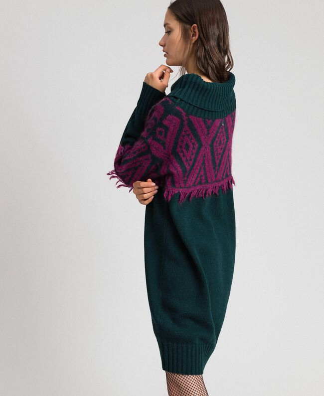 Jacquard knit dress with ethnic motif Ethnic Dark Green / Beet Red Jacquard Woman 192TP3041-04