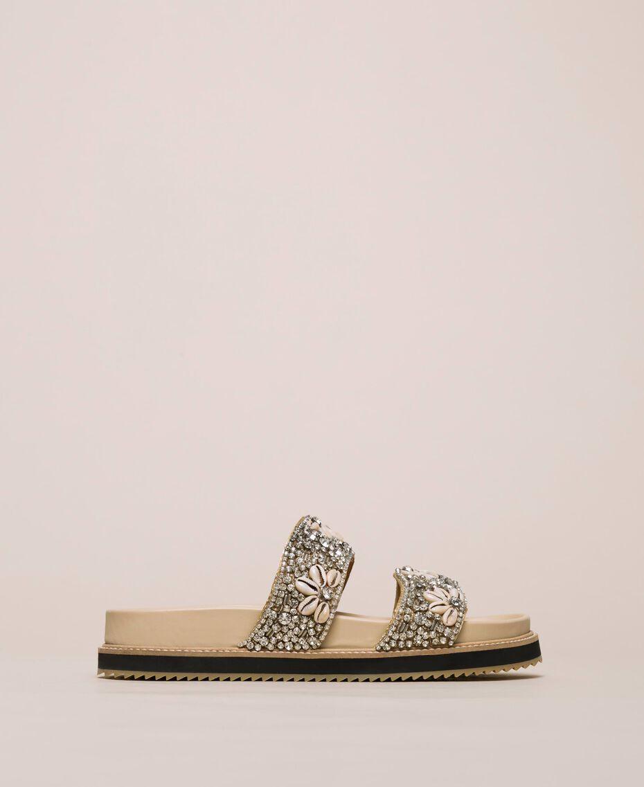 Sandale aus Leder mit Stickerei Nougat Beige Frau 201TCT022-02