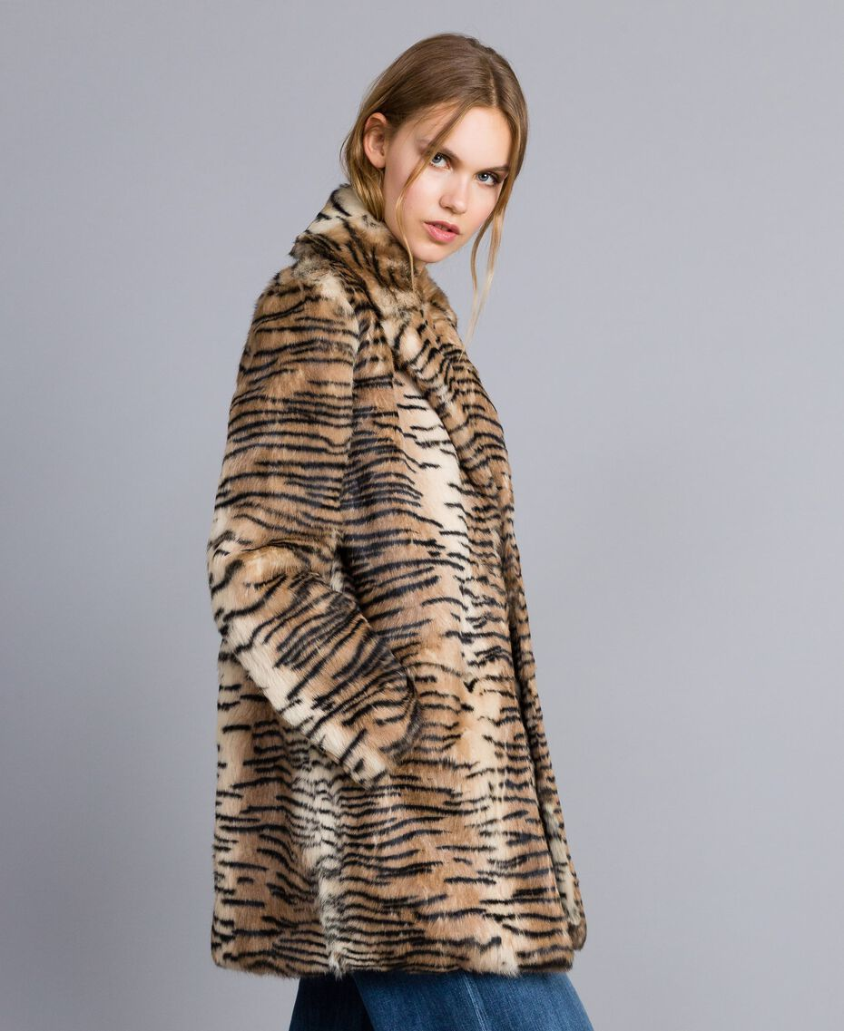 Printed rabbit coat Tiger Print Woman TA82AN-02