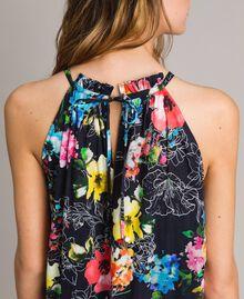 Maxikleid mit Blumenprint und Neckholder All Over Black Multicolour Flowers Motiv Frau 191MT2294-05