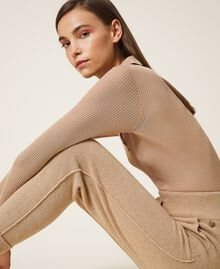 "Cashmere and wool joggers ""Pastel Skin"" Beige Woman 202TT3014-03"