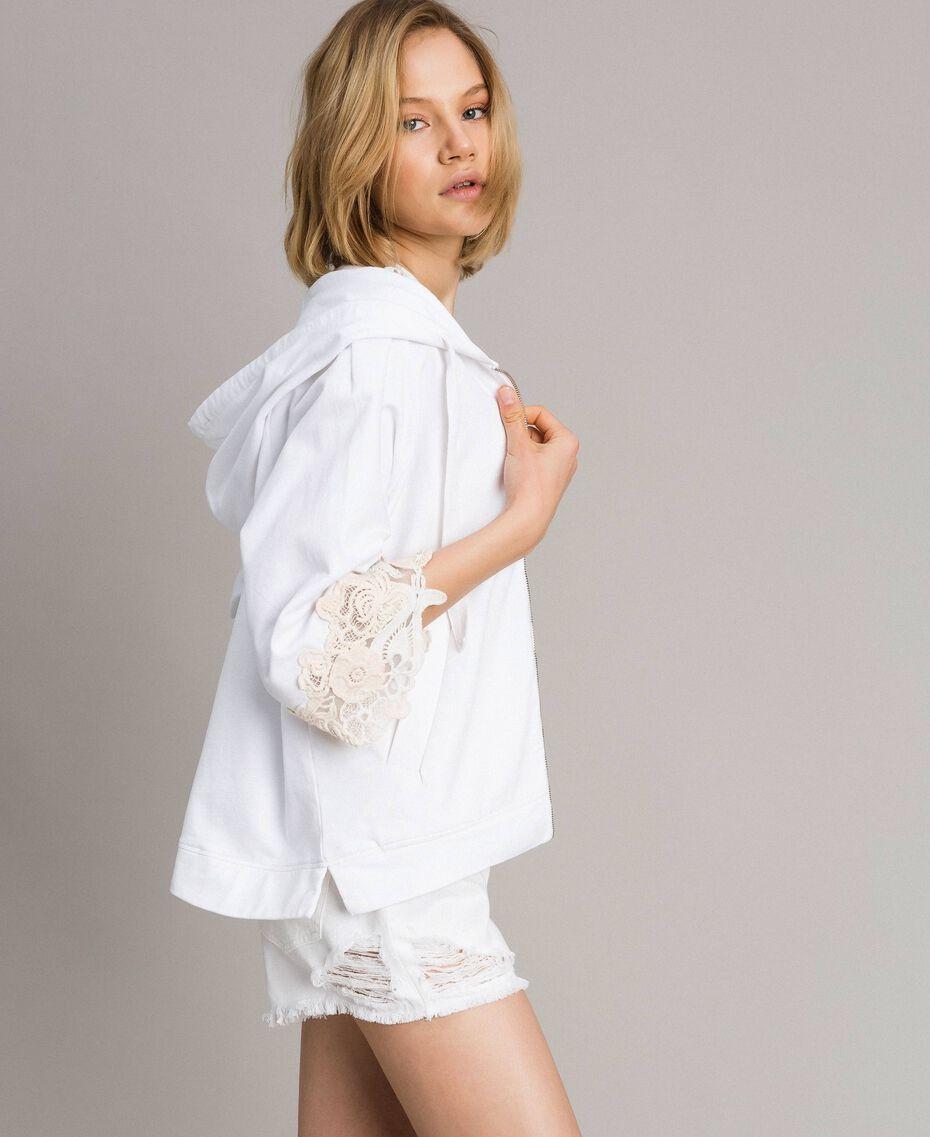 Sweat-shirt avec patchs floraux brodés Blanc Femme 191TT2211-03
