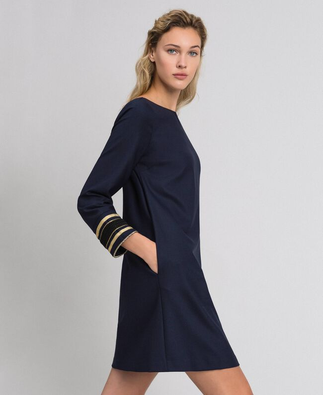 Kleid aus technischem Wollgewebe Midnight-Blau Frau 192TT2459-01