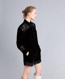 Camicia in velluto con ricami Nero Donna PA823H-01