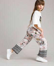 Viskose-Hose mit Spitzen-Aufdruck und Blumenmuster Motiv Ramage Schmetterling Kind 191GJ2522-02