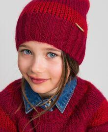 Шапочка из мохера в полоску Жаккард Полоски Винно-красный / Красный Pебенок 192GJ4222-0S