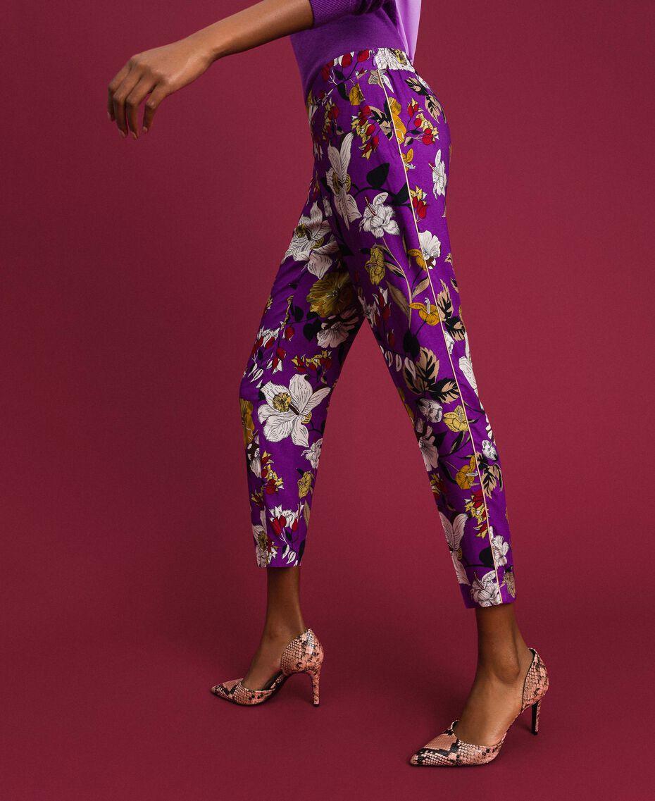 Pantalon cigarette avec imprimé floral Imprimé Fleurs d'Automne Violet Femme 192ST2224-02