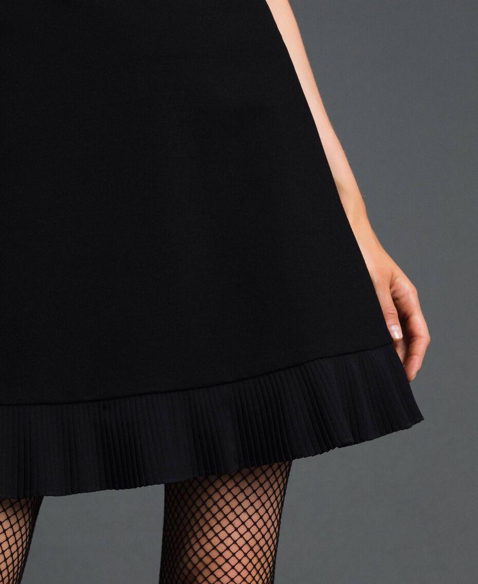 Robe avec détails plissés Noir Femme 192TT2061-05