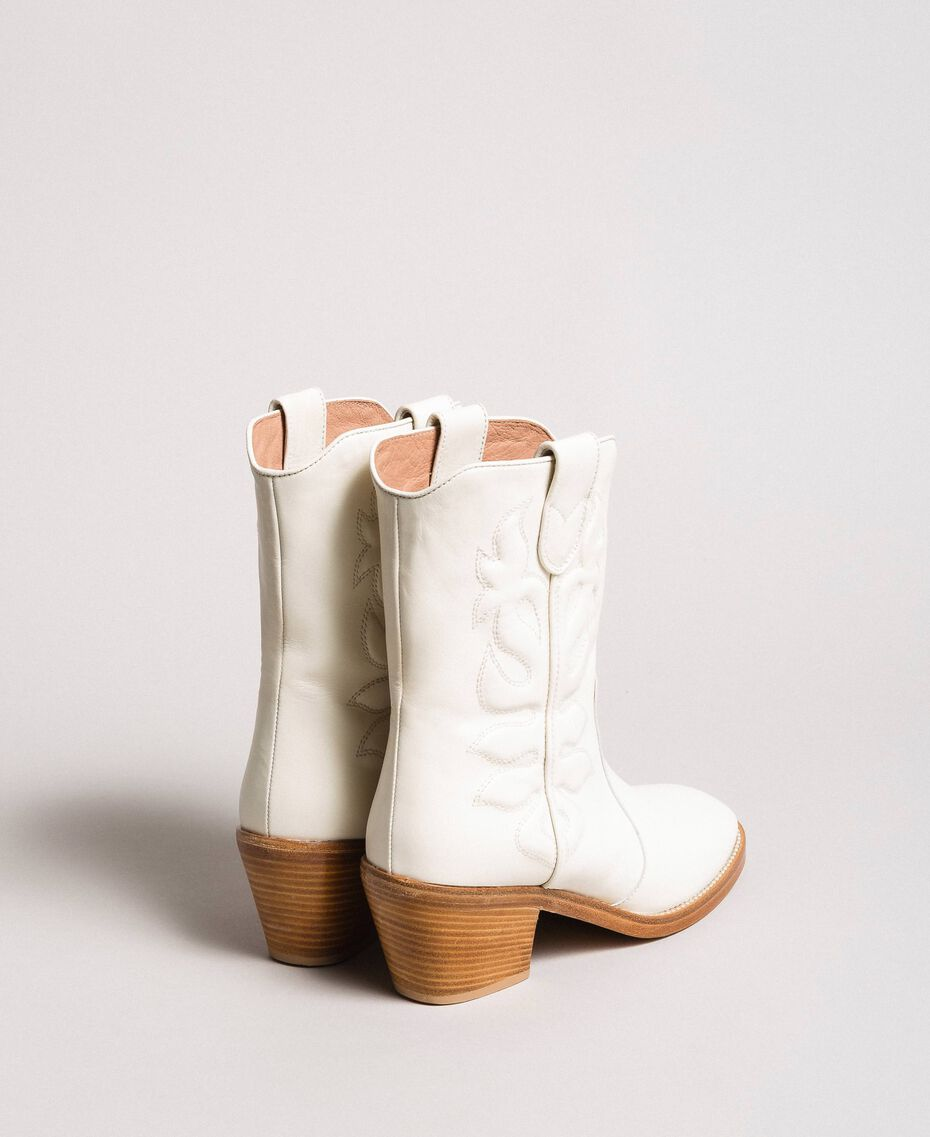 Leather cowboy boots with embroidery White Snow Woman 191TCP038-02