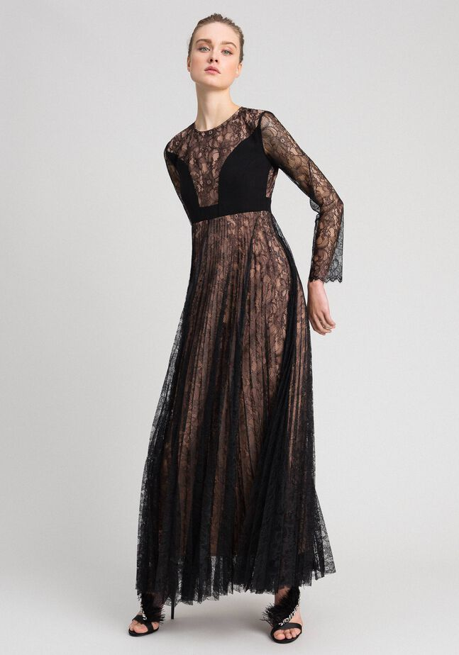 Full-length gown in pleated lace
