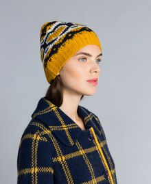 Jacquard hat with hearts Golden Yellow Woman RA8T2A-0S
