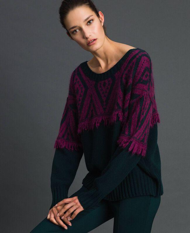 Maxi pull jacquard avec motif ethnique Jacquard Ethnique Vert Foncé / Rouge Betterave Femme 192TP3042-04