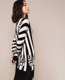 Maxi cardigan with print and slits Floral Print over Snow/ Black Stripes Woman 201TP3261-02