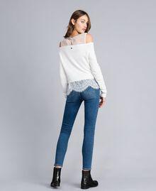 Jean skinny avec broderie Bleu Denim Femme JA82V4-03