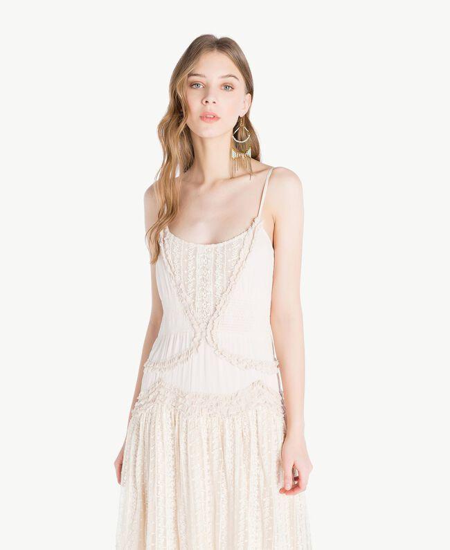 Kleid aus Musselin Perlmutt Frau TS82CE-04