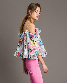 Blusa con estampado de flores y volante Estampado All Over Flores Multicolor Blanco Óptico Mujer 191MT2291-02