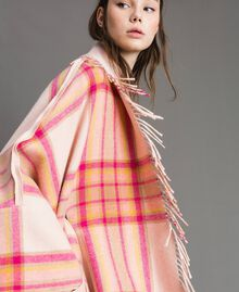 "Check wool cloth poncho ""Pink Check"" Woman 191TP2621-05"