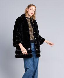 Manteau en fausse fourrure et paillettes Noir Femme PA82KB-0T