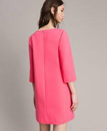 Kleid mit Schleifenbrosche Rosa Kamelie Frau 191MP2154-03