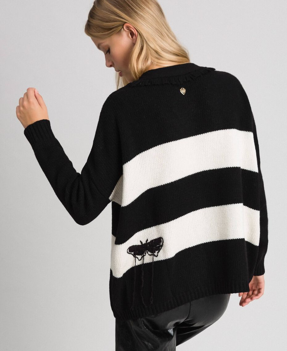 "Two-tone jumper with fringes and embroideries Bicolour ""Snow"" White / Black Woman 192TT3371-03"