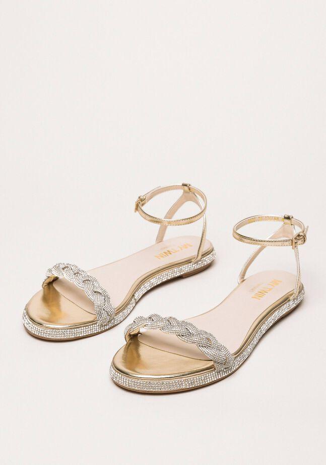 Flache Sandale mit Flechtriemen und Strass