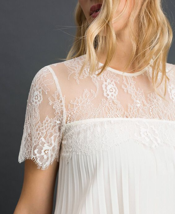 Pleated crêpe de Chine and lace blouse