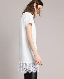 Maxi t-shirt avec broderie et dentelle Crème White Femme 191MP2065-02