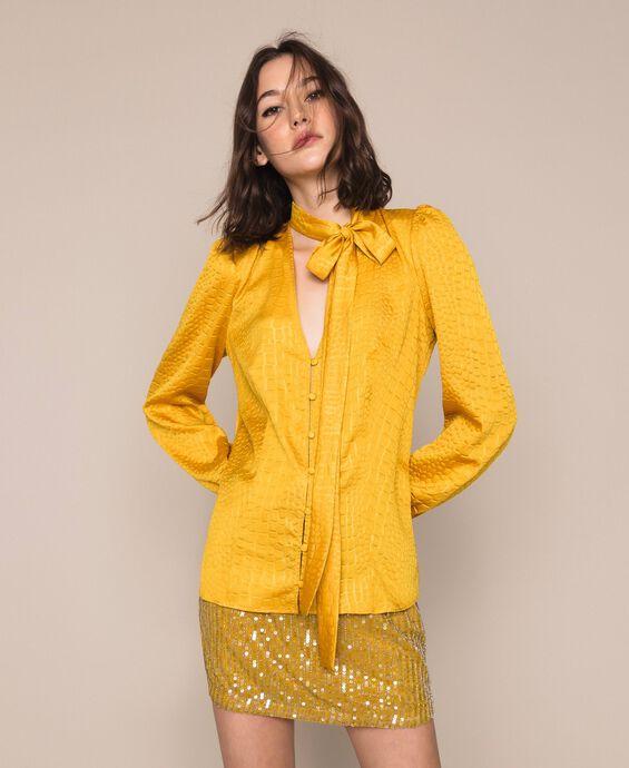 Jacquard shirt with crocodile print