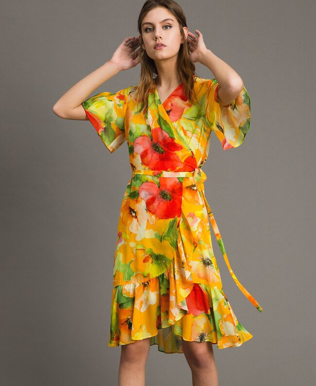 Georgette-Kleid mit Blumenmuster Motiv Gelbe Macro Blumen Frau 191TT2482-01