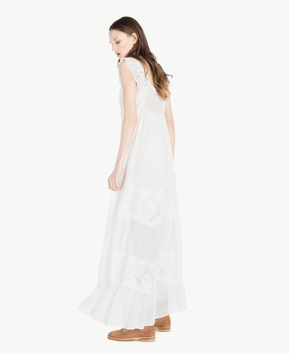 Kleid aus Musselin Elfenbein Frau SS82HS-02