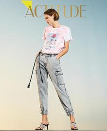 Jeans mit Cargotaschen Denim-Grau Frau 211MT256A-01