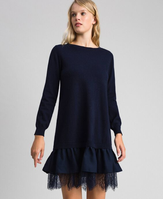Wool blend dress with lace